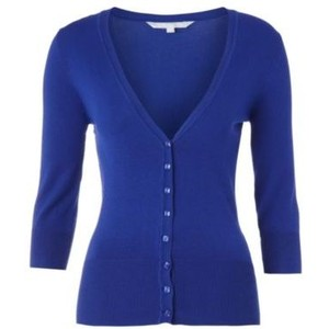 http://bodyshapestyle.com/wp-content/plugins/Royal-blue-v-neck-cardigan.jpg